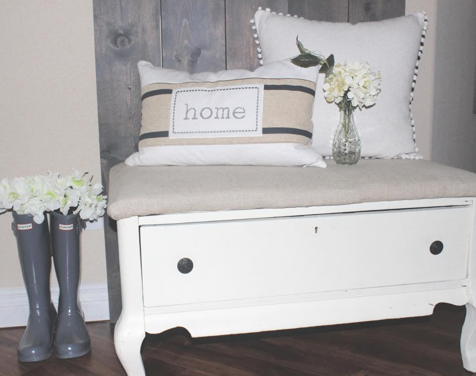 hunter boots spring blogger home tour entry way home pillow floral accents hunter boots