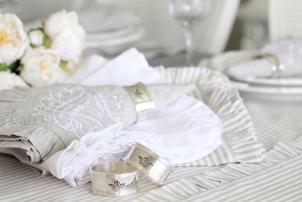 Any Table Setting Wouldnu0027t Be Complete Without These Pretties. Our Lovely  Silver Napkin Rings Are Engraved With A Crown And Look Gorgeous On Any Of  The ...